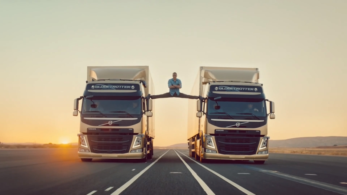 volvo_trucks-the_epic_split_feat-_van_damme