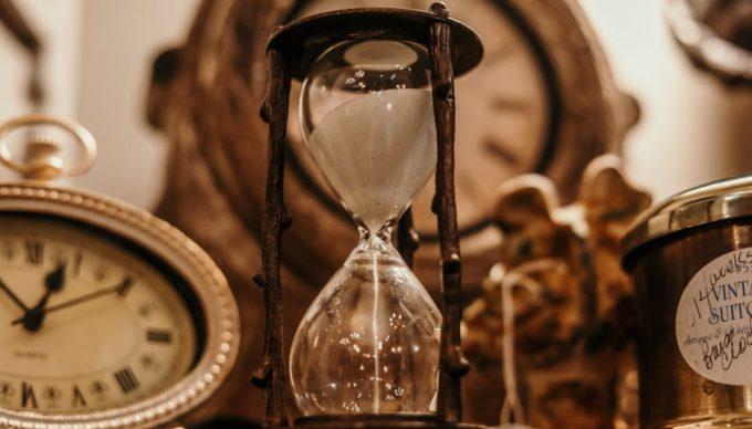 Sales Effizienz im B2B (4/5): Wie gutes Zeitmanagement Vertrieb & Kunden überzeugt.