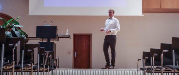 Uwe Brüggemann: Vortrag als Interim Manager Spezialist